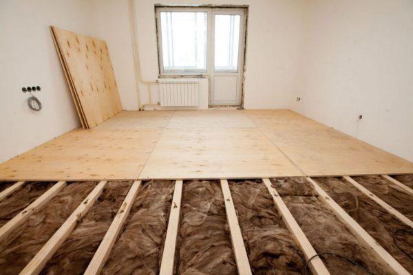 Równanie podłogi pod panele - Metody wyrównywania - Jak wyrównać podłogę pod panele?
