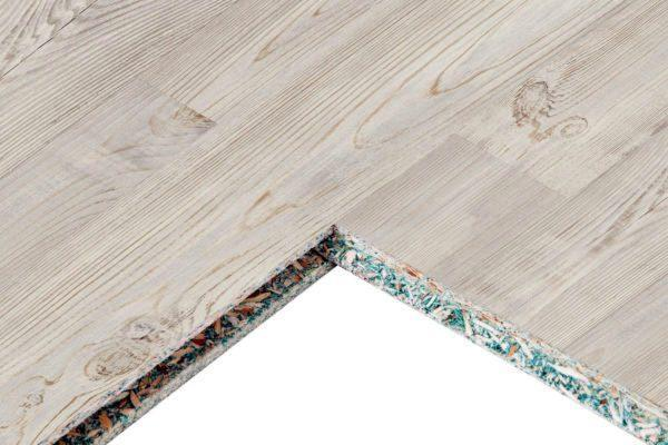Płyta wiórowa może mieć przednią warstwę dekoracyjną i służyć jako powłoka wykończeniowa w wiejskim domu